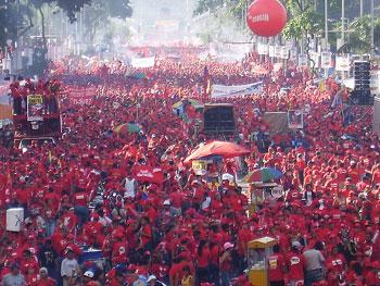 El Presupuesto Nacional de Venezuela para 2011 aumenta la inversión social en un 28,15% Marea_roja